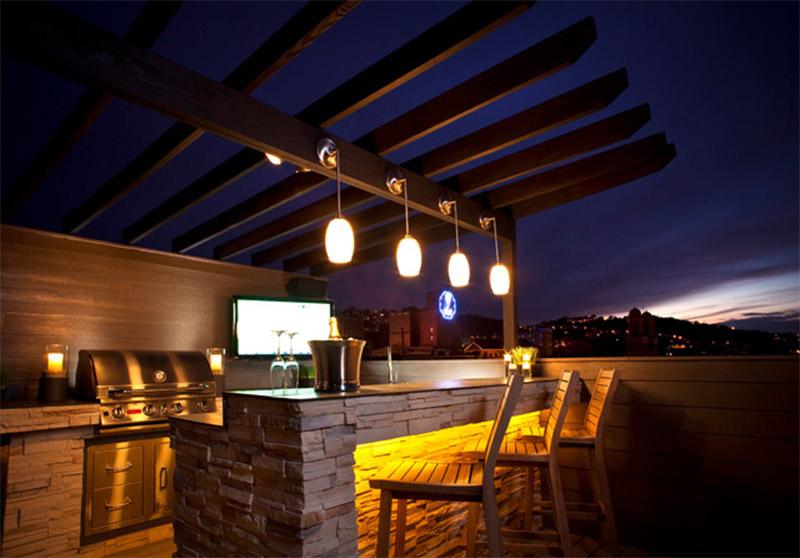 Mẫu thiết kế sân thượng đẹp: Quán bar ngoài trời