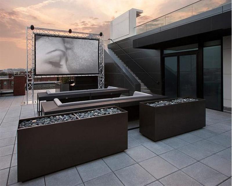 Mẫu thiết kế sân thượng đẹp: Rạp chiếu phim mini