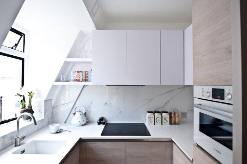 thiết kế nội thất phong bếp với tủ bếp hình chữ u